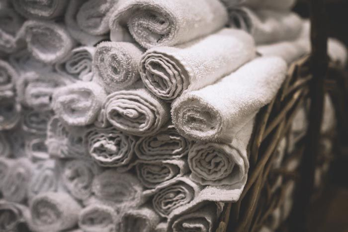 clean towels for airbnb